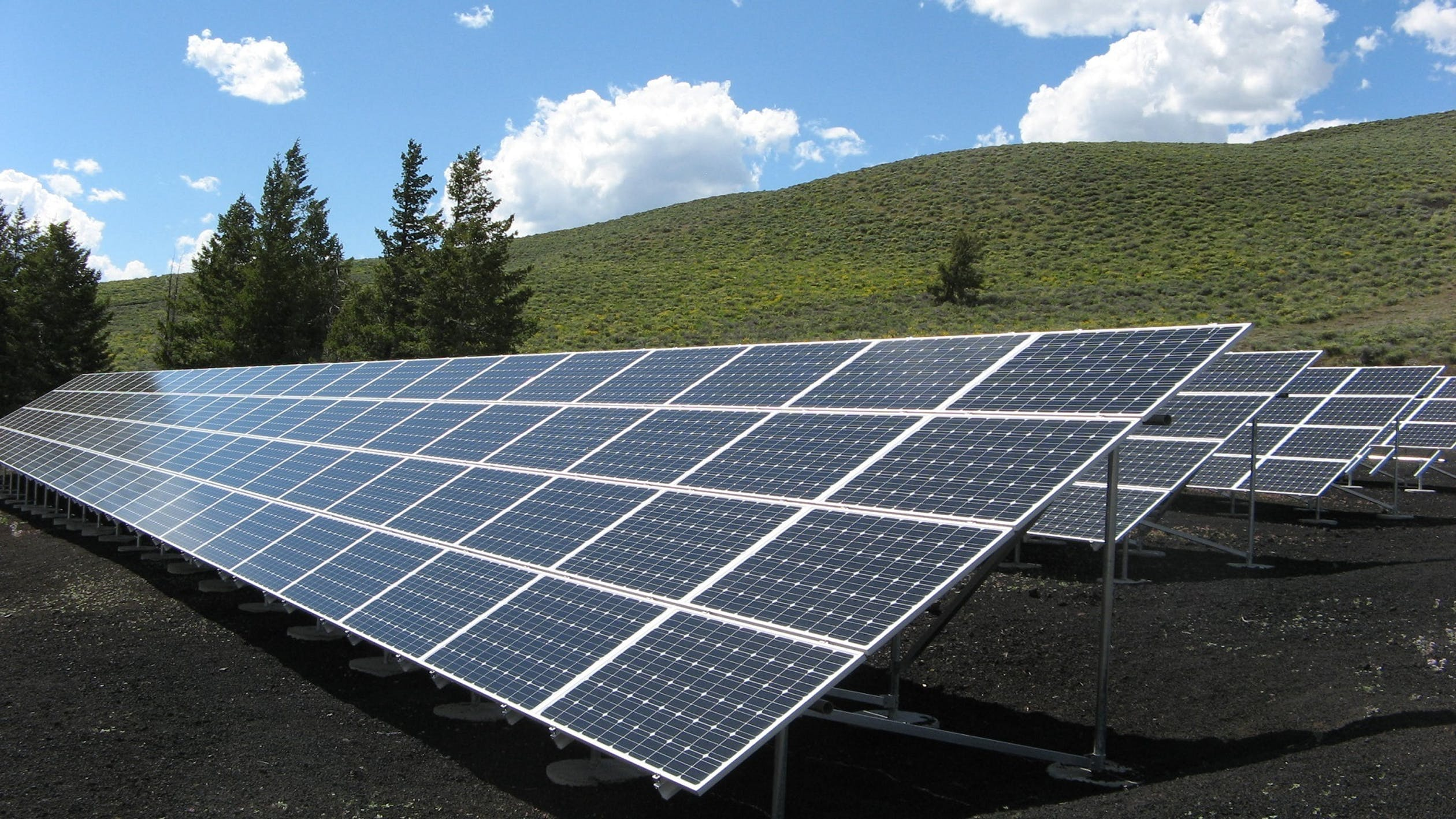 How-much-does-it-cost-to-install-solar-panels-in-Vancouver-BC