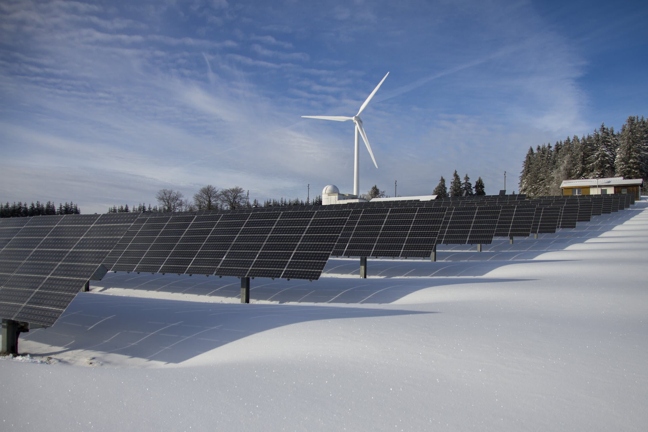 do-solar-panels-work-in-the-winter